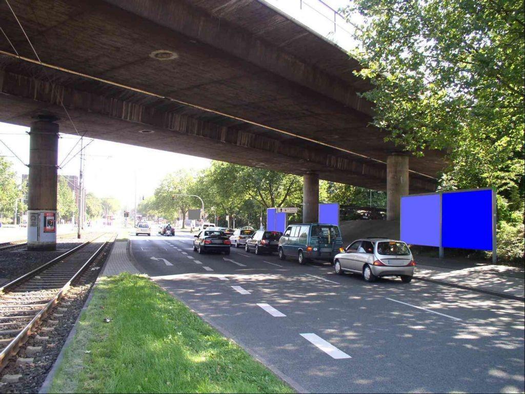 Duisburger Str. geg. Rhein-Ruhr-Halle