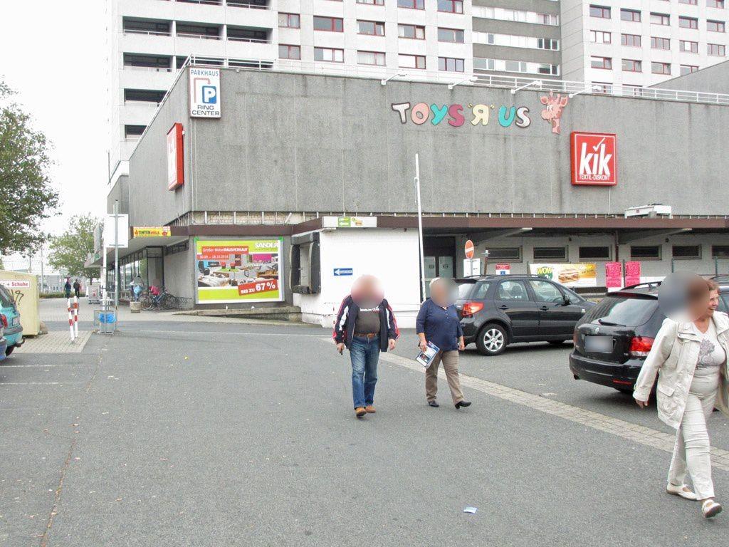 Heinrich-Büssing-Ring/NH Eing. Ring Center