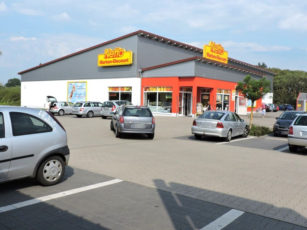 Berchinger Str.  38c Netto Si. Str.