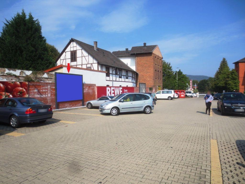 Bahnhofstr.  30 (REWE PP STO 3)