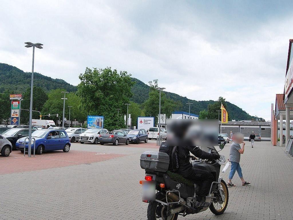Mauermattenstr.   5/DM/1.Sto. li. vom Eing.