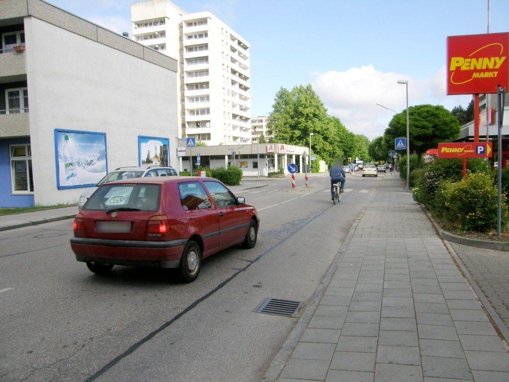 Adenauerstr./Heuss-Str.   1 geg. Penny