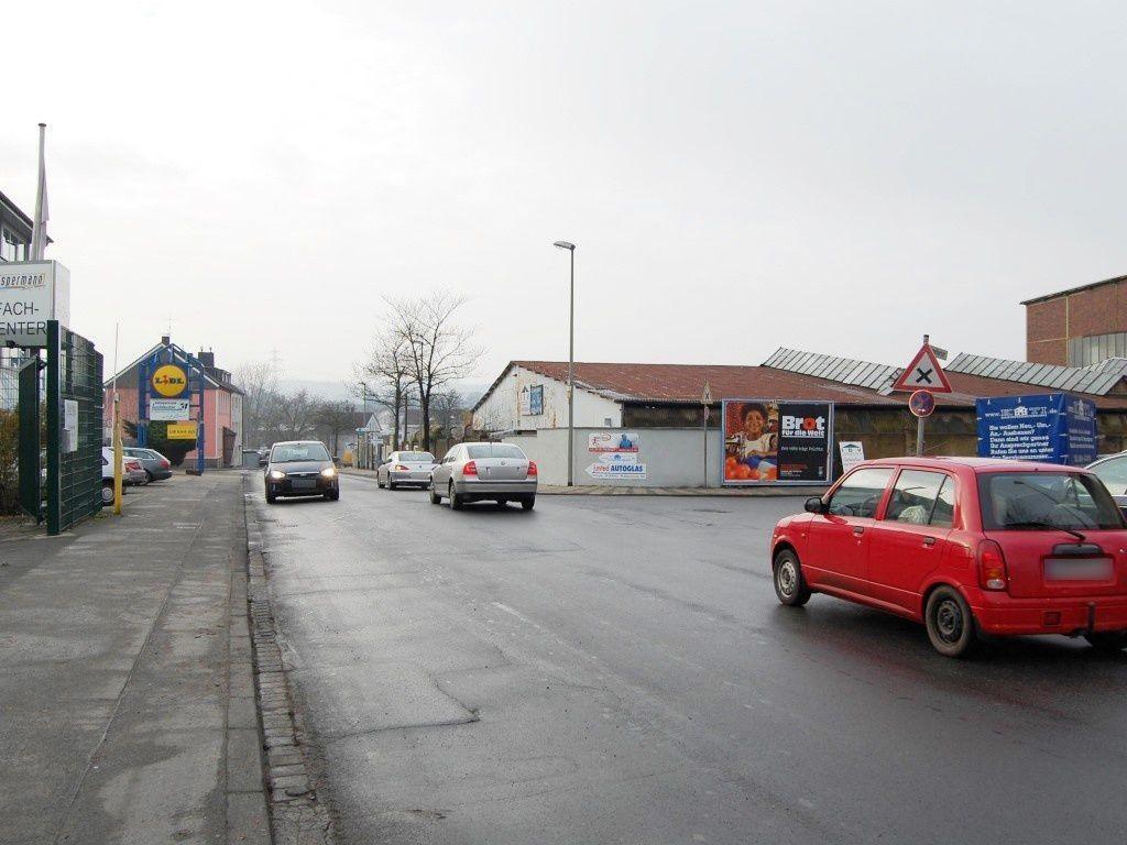 Engelbertstr. /Kreisstr.  24/Zuf. Lidl