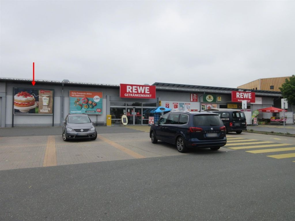Bruckwiesen   2/Neue Str. li. vom Getränkemarkt