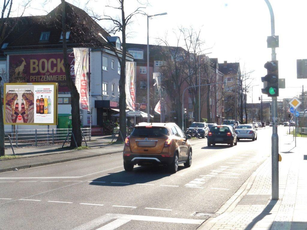 Ulmenweg  80/Netto li. quer