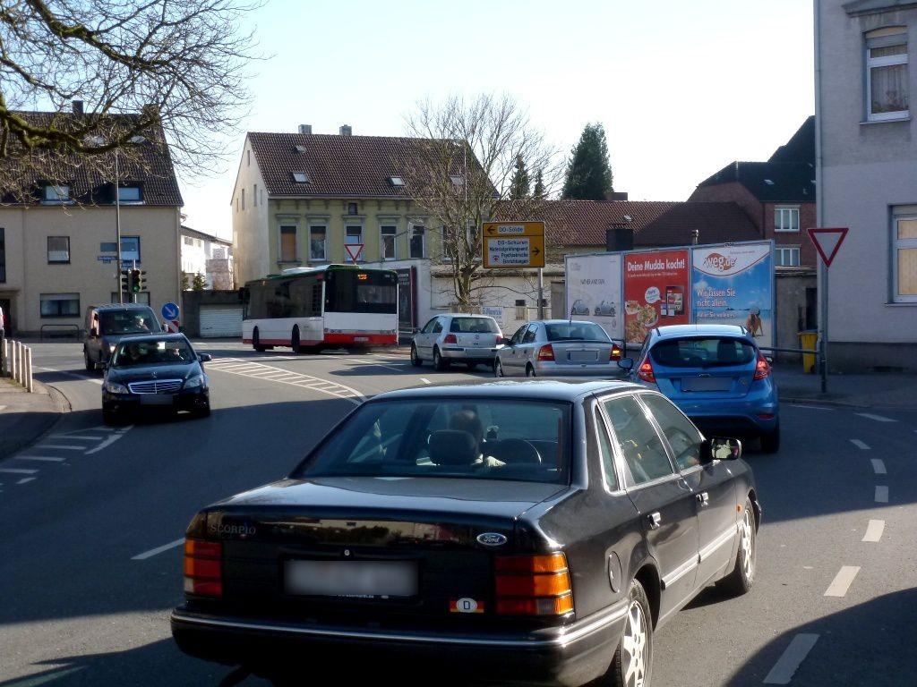 Aplerbecker Str./RS Köln-Berliner-Str. 64