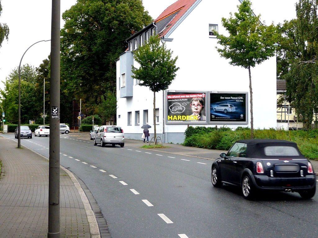 Deutsche Str.  67 re. quer