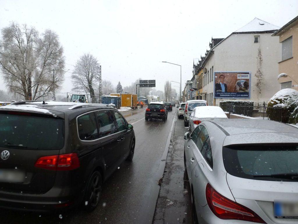 Kölner Str. 20 re. quer B49