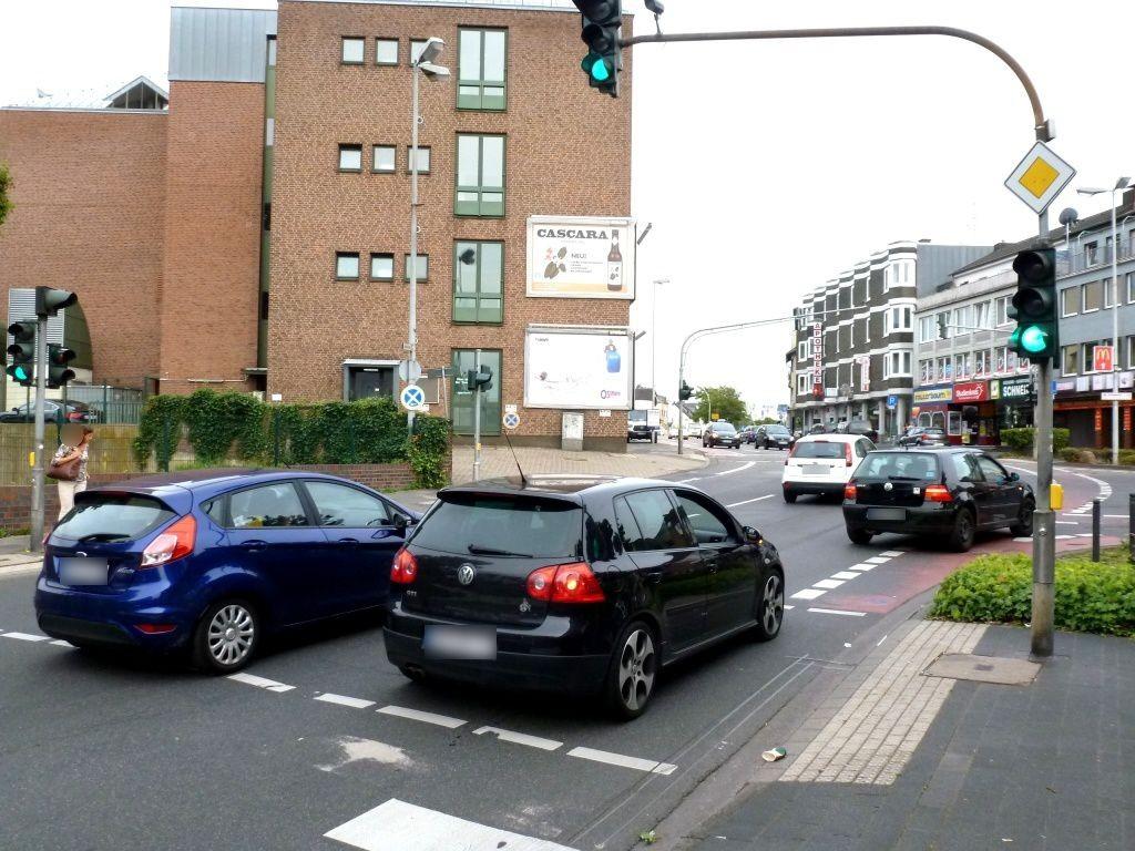 Kölner Str.   1/Bahnstr. quer B55 unten