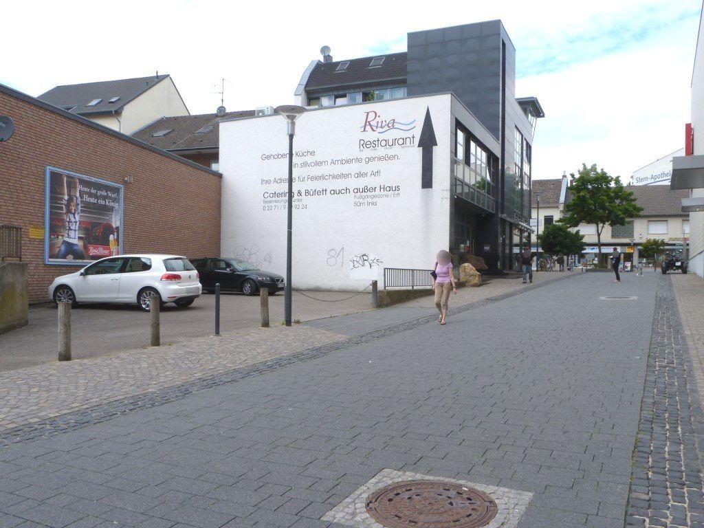 Raiffeisenstr./Hauptstr. 27
