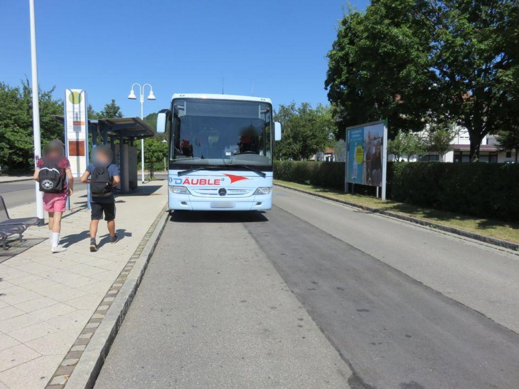 Bahnhofstr./Bus-HST li.