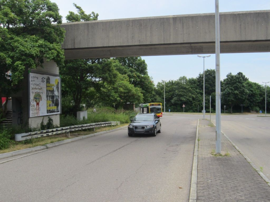 Berliner Ring/EKZ/Brücke