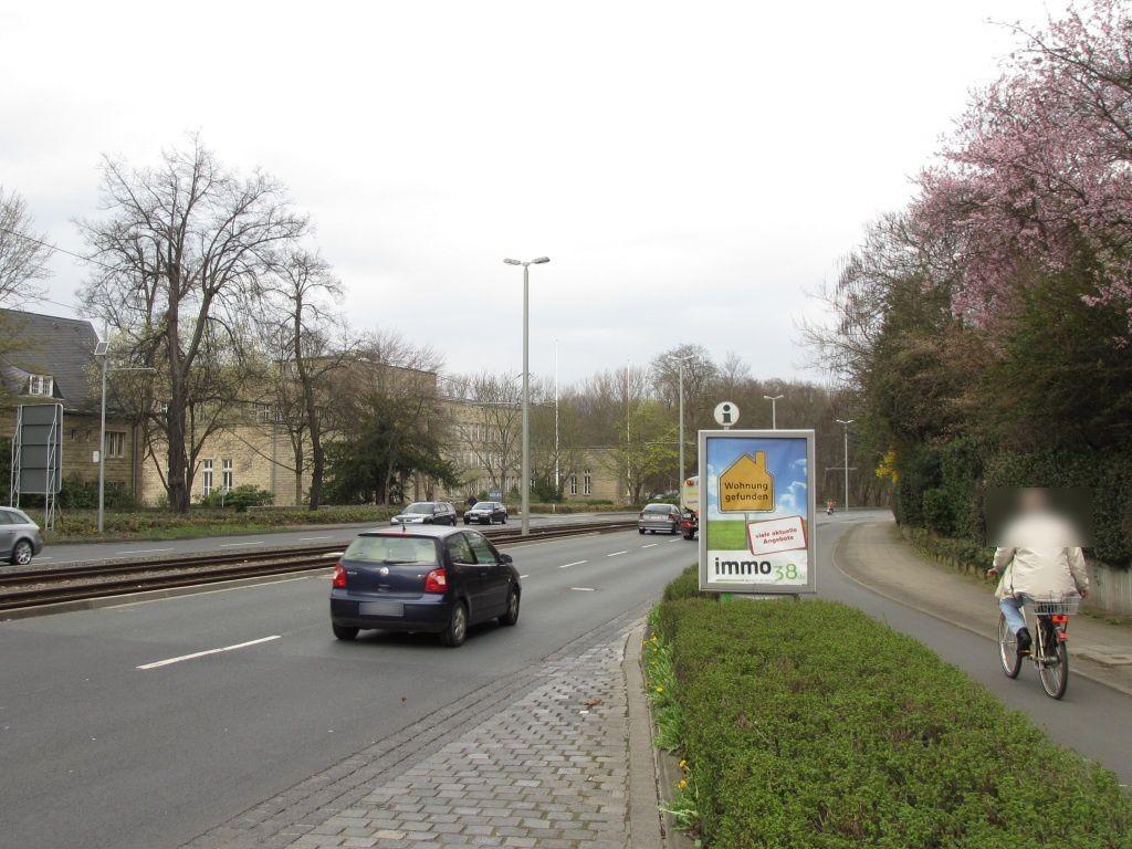 Wolfenbütteler Str./Zuckerbergweg sew. quer