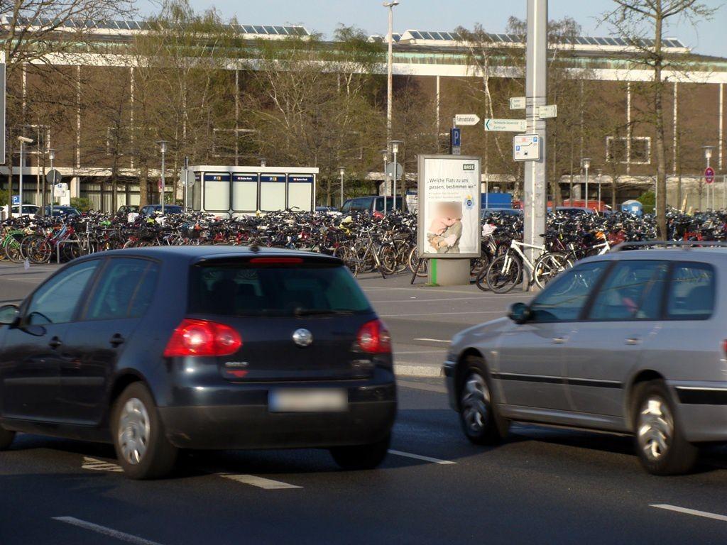 Berliner Platz/Hbf./Telefonzellen/We.re.