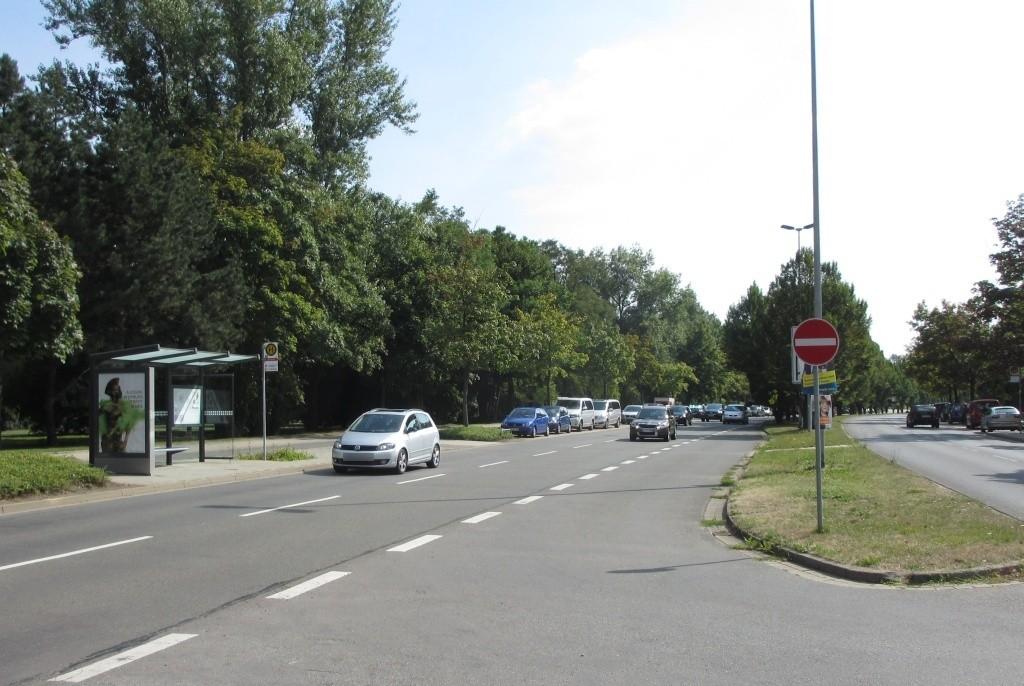 Theodor-Heuss-Str./Ekbertstr. sew. außen