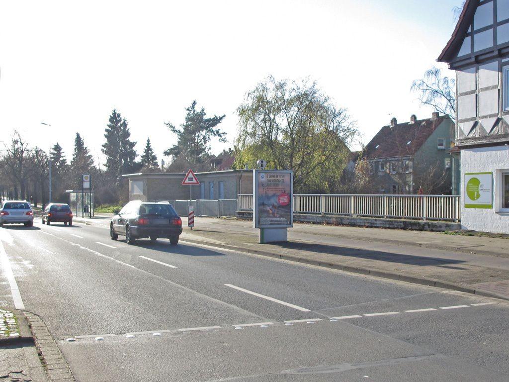 Tostmannplatz quer
