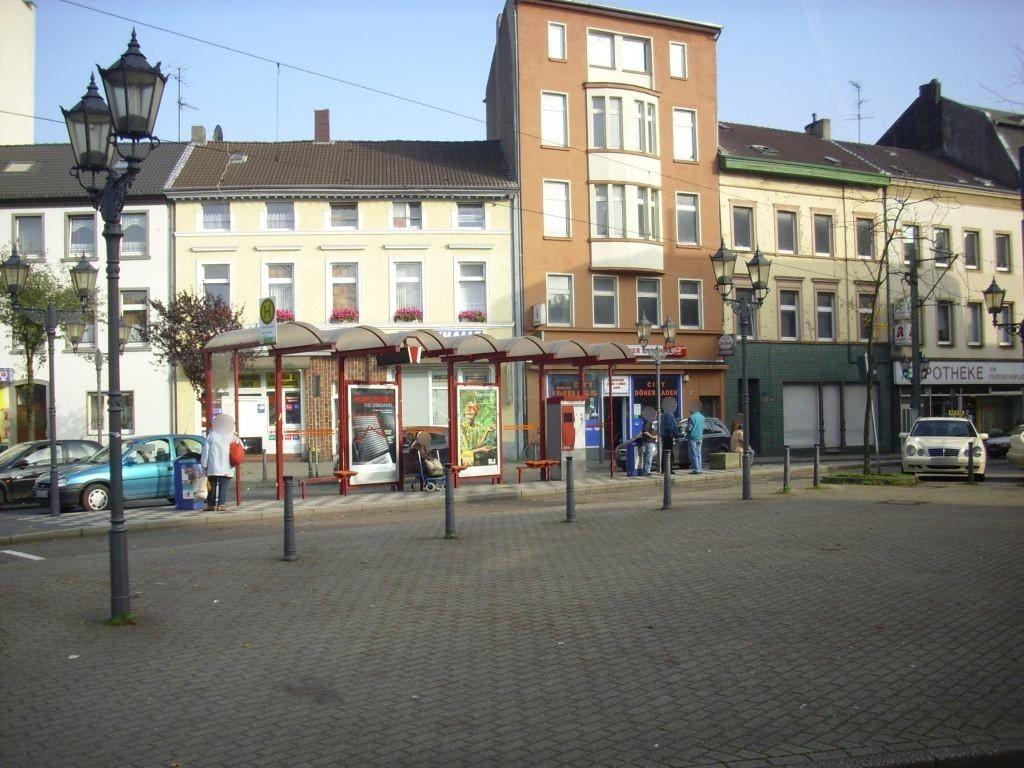 Friedrichsplatz geg. 4a/Sparkasse/li.VS