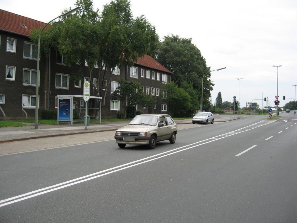 Grimmstr. 43/HST Grimmstr./Ri. Heßler/We.li.