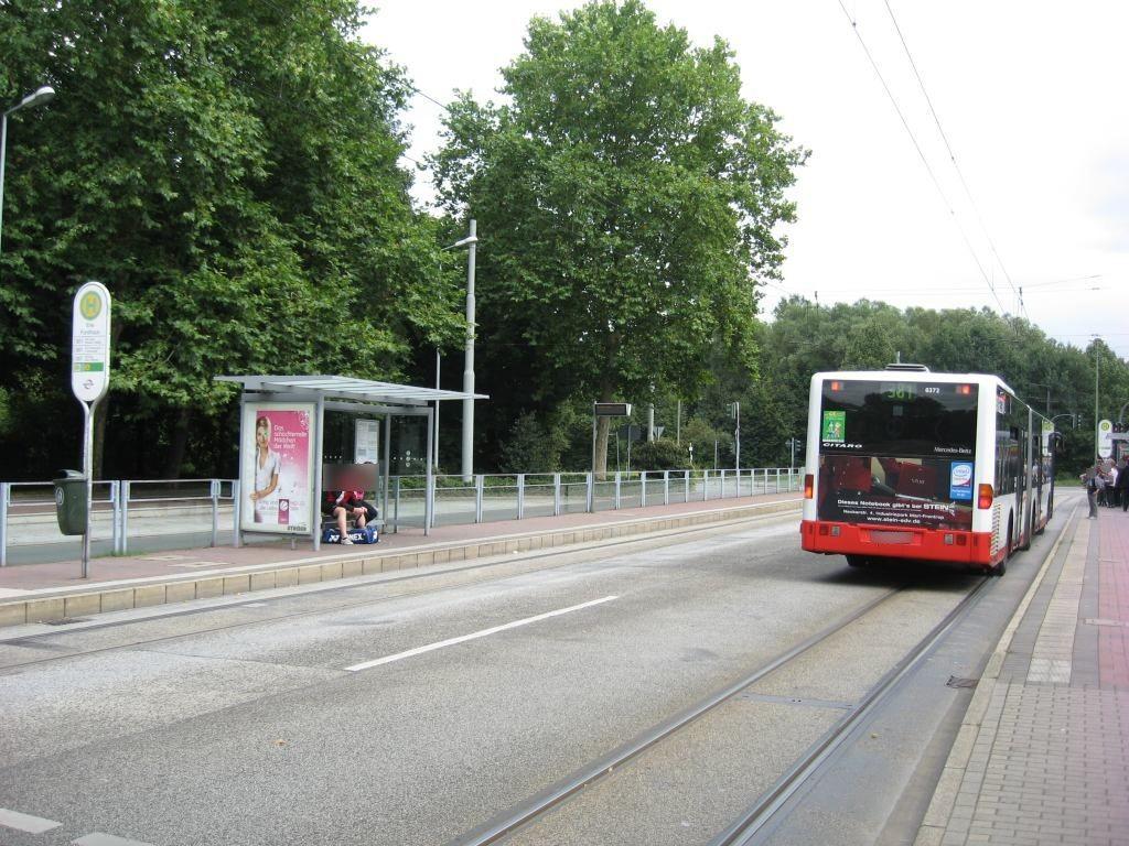 Cranger Str./HST Erle Forsthaus/Ri. Buer/außen