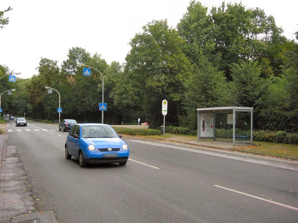Adenauerallee/HST Schloß Berge/Ri. Buer/We.re.