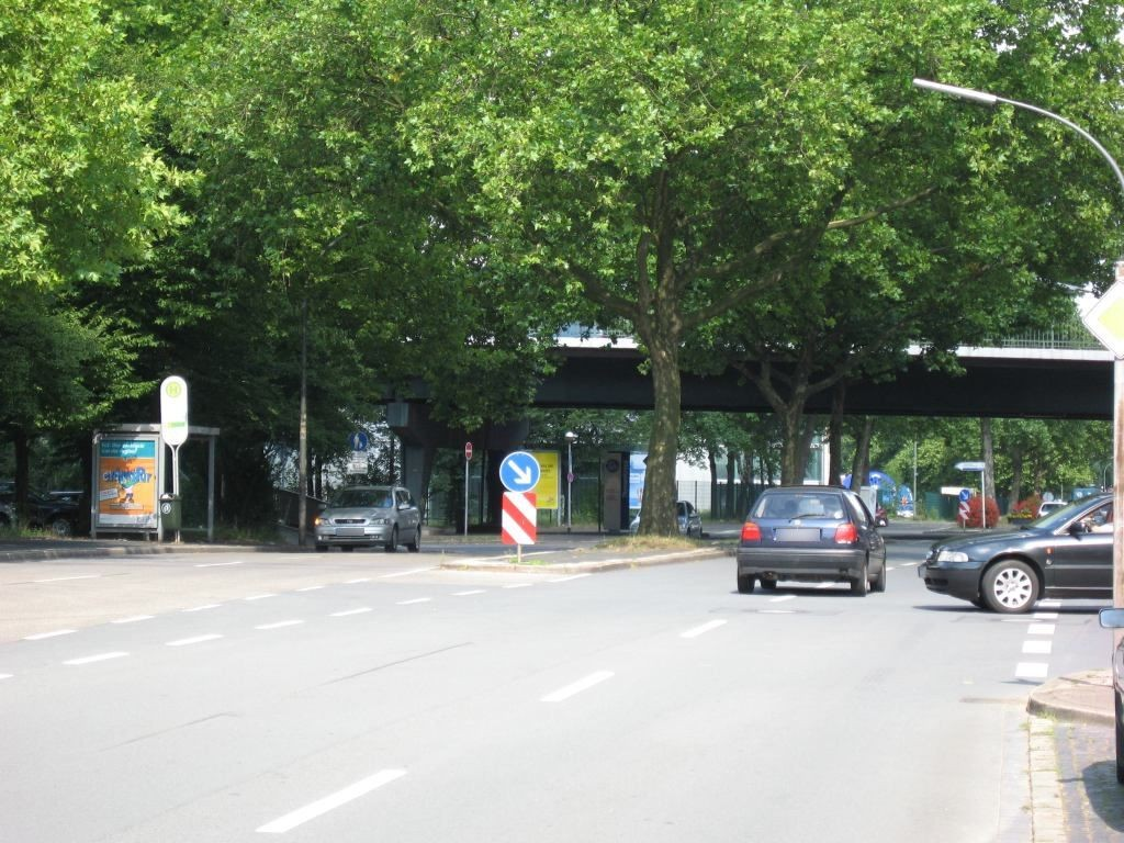 Gewerkenstr. 5/HST Schalker Markt/Ri.Heßler/We.li.