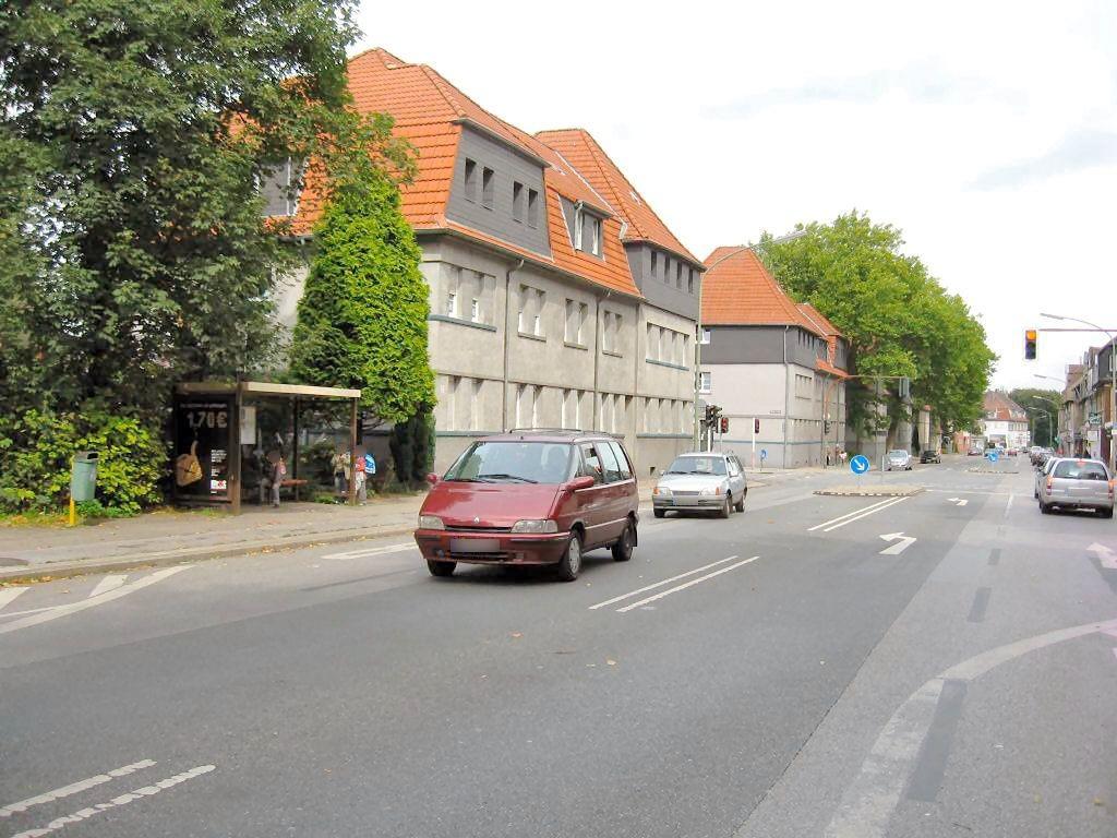 Polsumer Str. 211/HST Valentinstr./Ri. Buer/We.li.