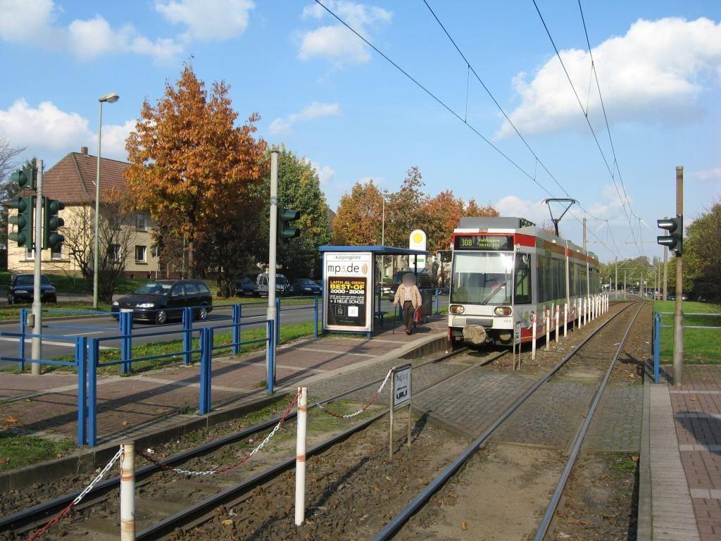 Castroper Hellweg/Kolpingplatz/außen
