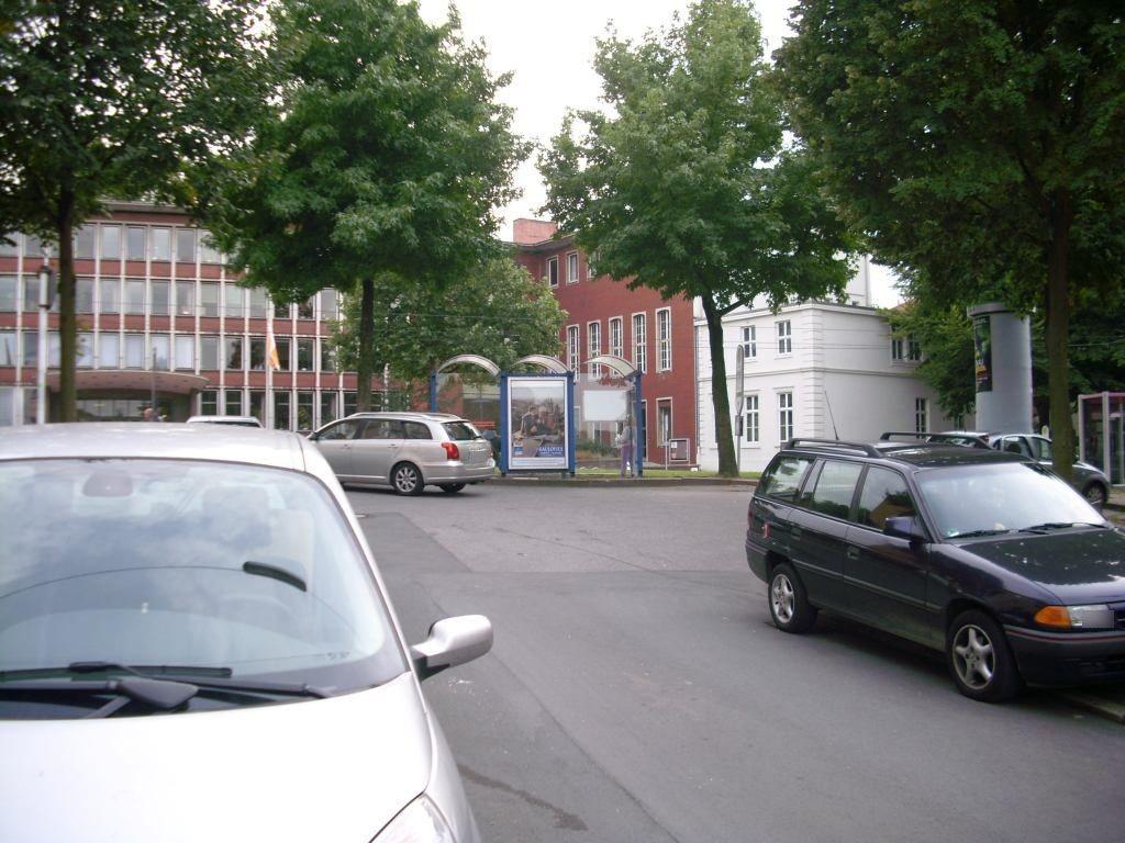 Friedrich-Ebert-Str./Rathausstr. 5/RS