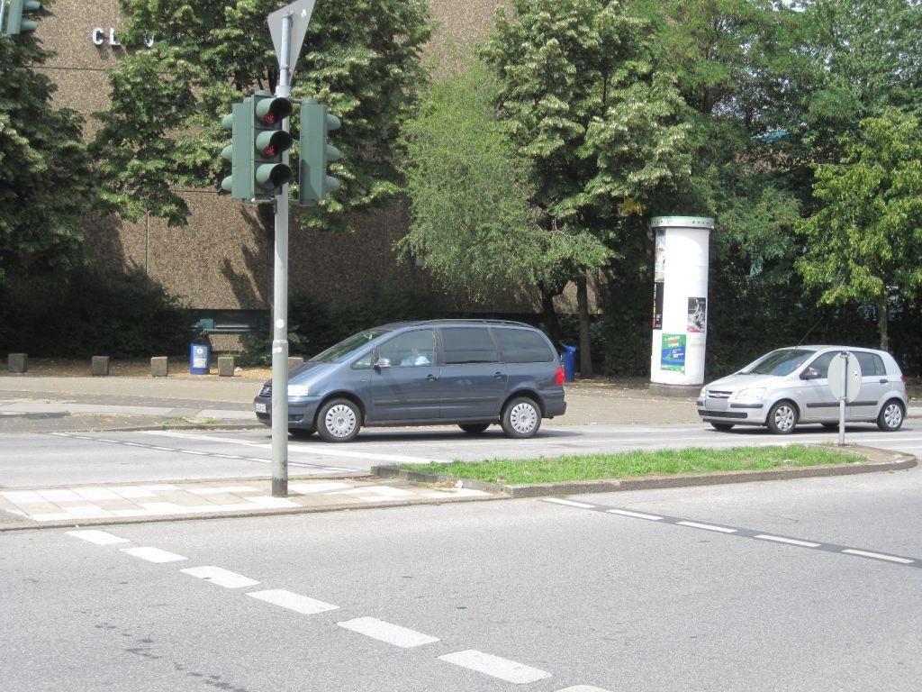 Kampstr. 23/Duisburger Str./We.li.