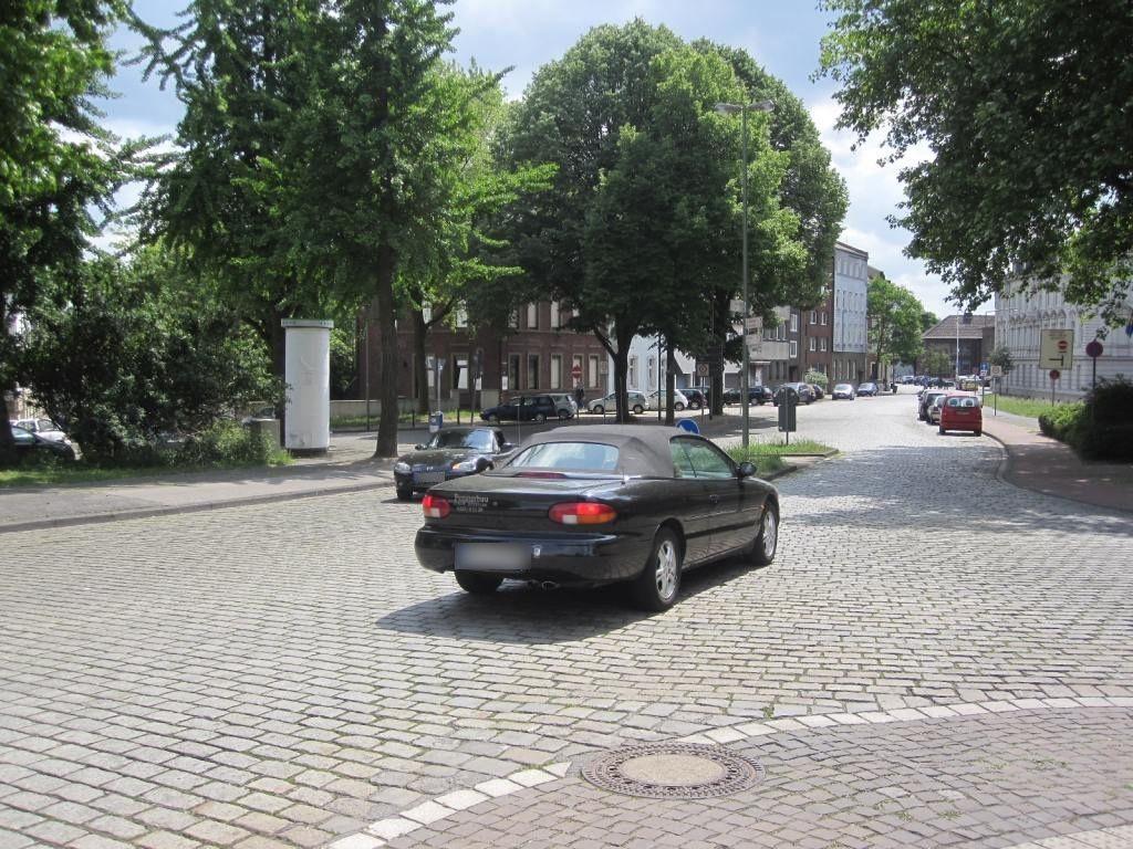 Rheinallee 12/Rheinbrückenstr./We.re.