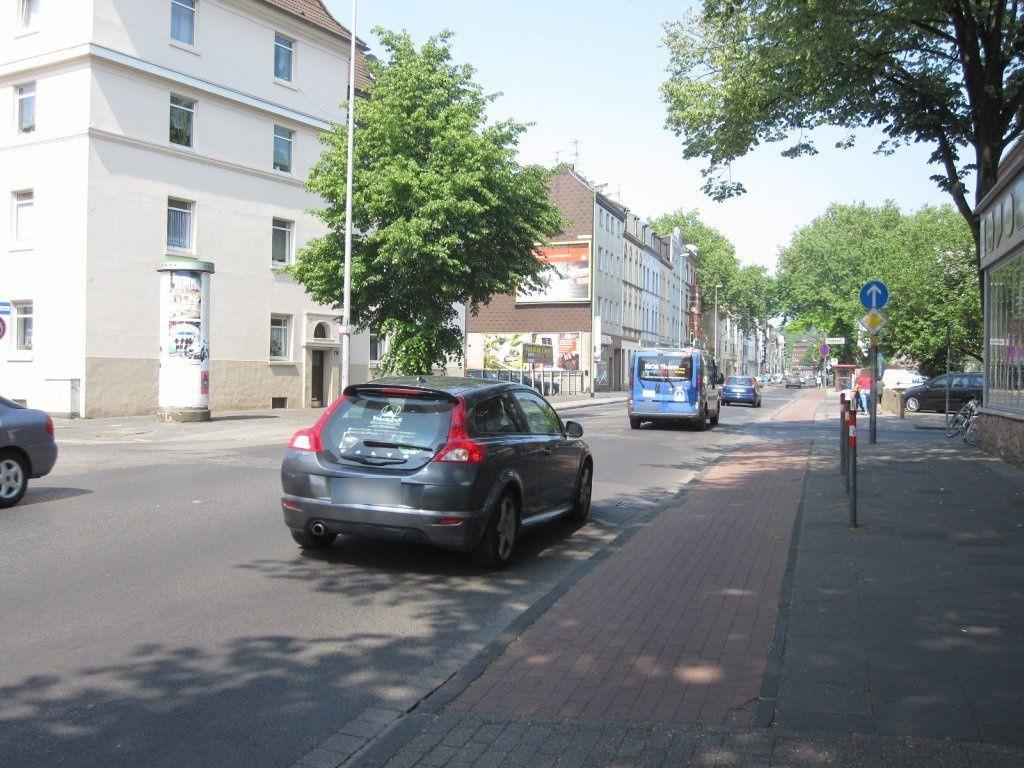Sternbuschweg  70/Flurstr./We.li.