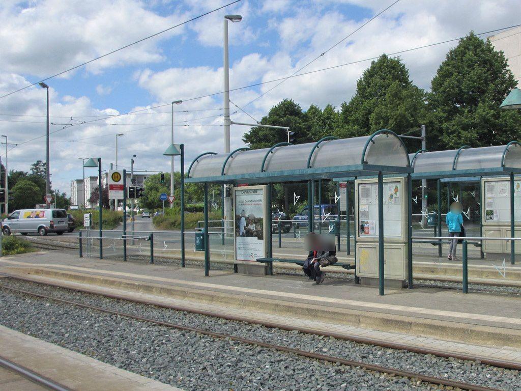 Münchenstr./Elbestr. saw. li./Ri. Broitzem/VS
