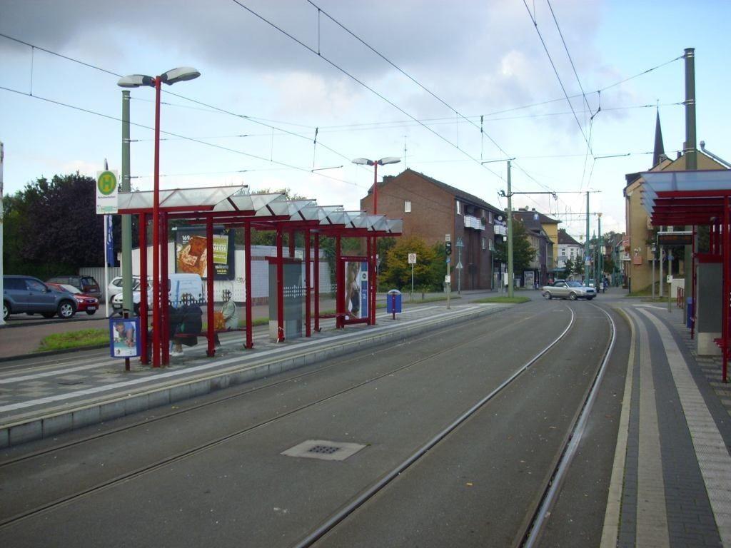 Friedrich-Ebert-Str.  69-71a/Straba-HST/Ri.Oberma.