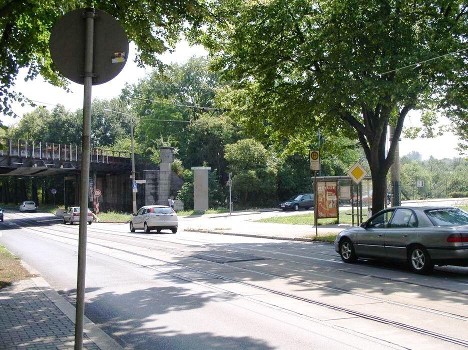August-Bebel-Str./Kießlingplatz sew./we.re.