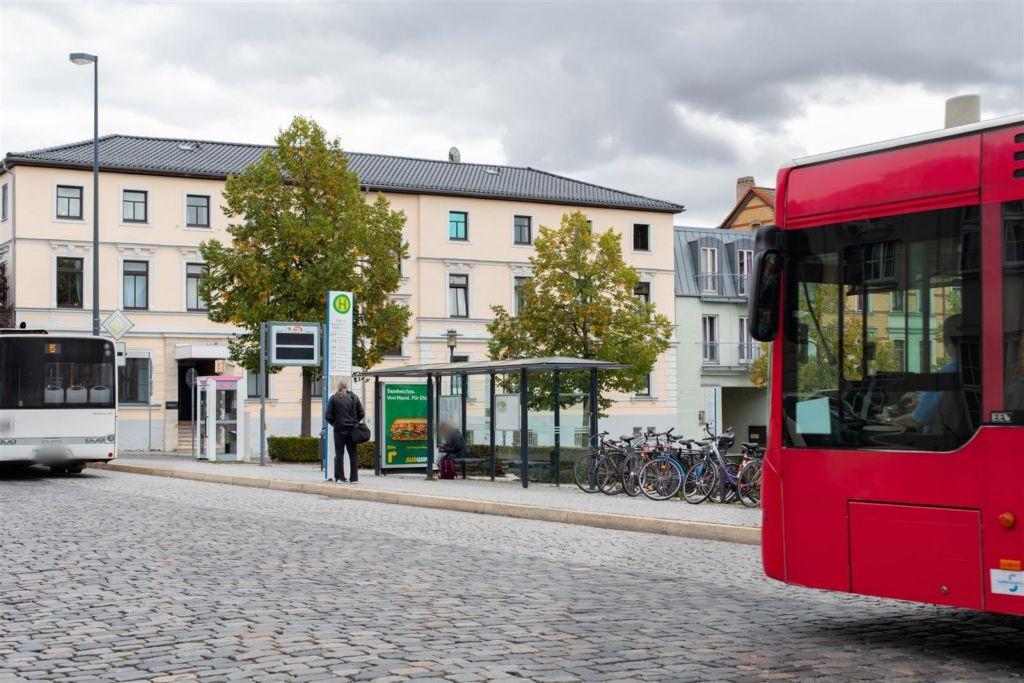 August-Baudert-Platz/Hbf. li./We.re.