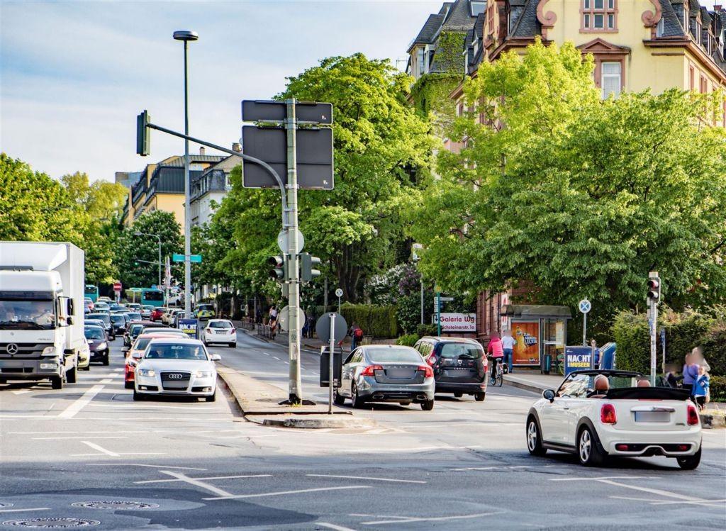 Darmstädter Ldstr. 78/Mörfelder Ldstr./innen