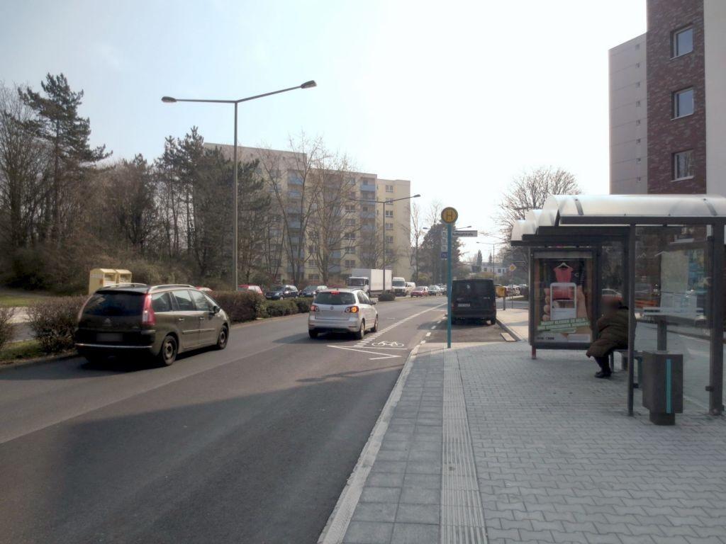 Hammarskjöldring  73/Roßkopfstr. geg./innen