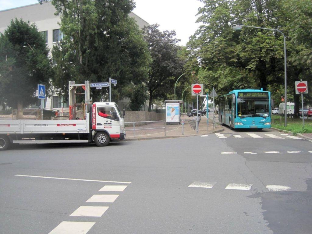 Hansaallee/Fürstenberger Str. 166/außen