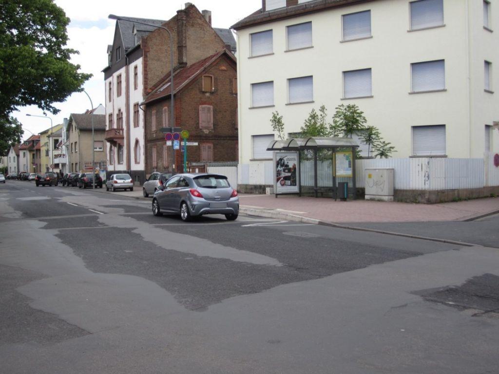Homburger Landstr. 148 a/Kreuzstr. geg./innen