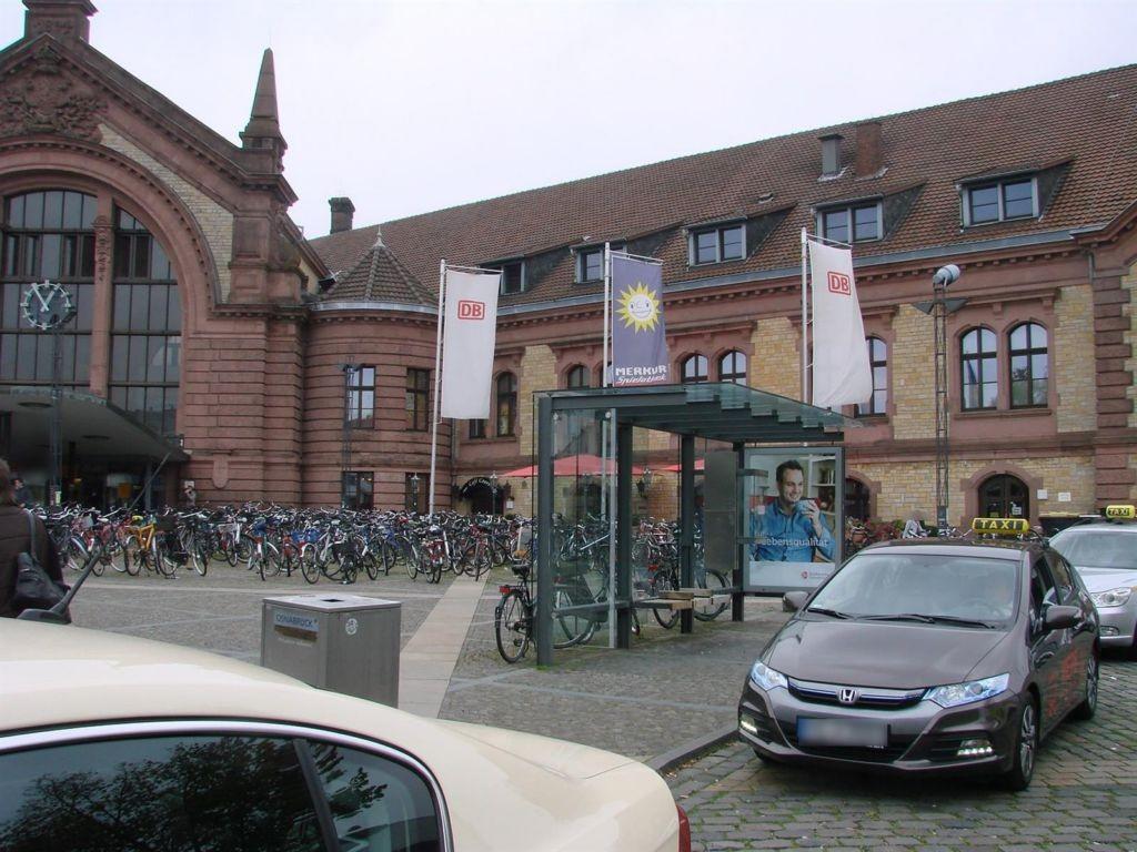 Theodor-Heuss-Platz/Taxistand/We.li.