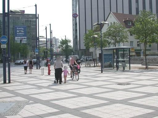 Berliner Str. 100/Rathaus/innen