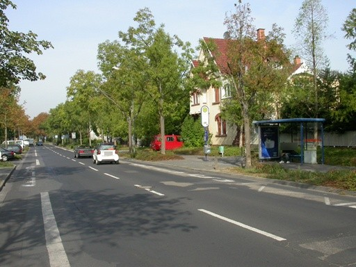 Buchhügelallee 44/Heinrich-Heine-Str./innen