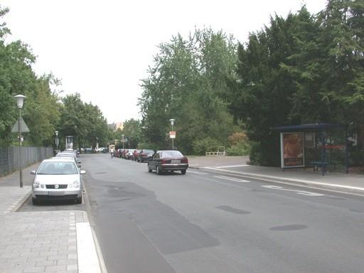 Beethovenstr./Richard-Wagner-Str./vor Schule/innen