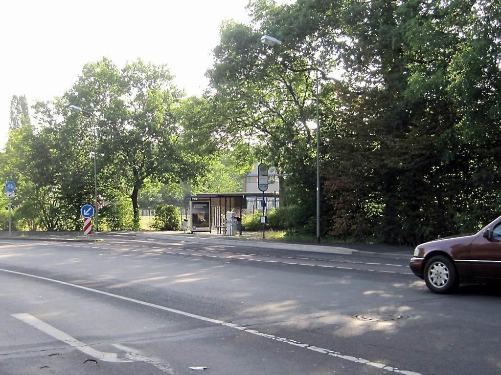 Senefelderstr. 263 geg./Gravenbruchweg/innen