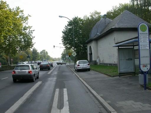 Mühlheimer Str./Senefelderallee/innen