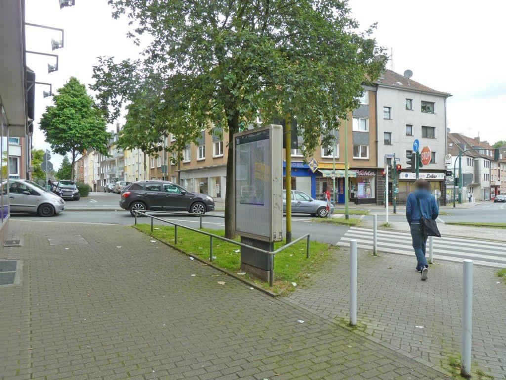 Oberdorfstr. 39/Helmholtzstr./Si. Gehweg