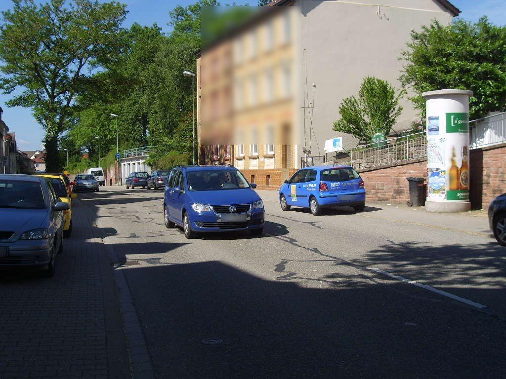 Hauptstr. 123