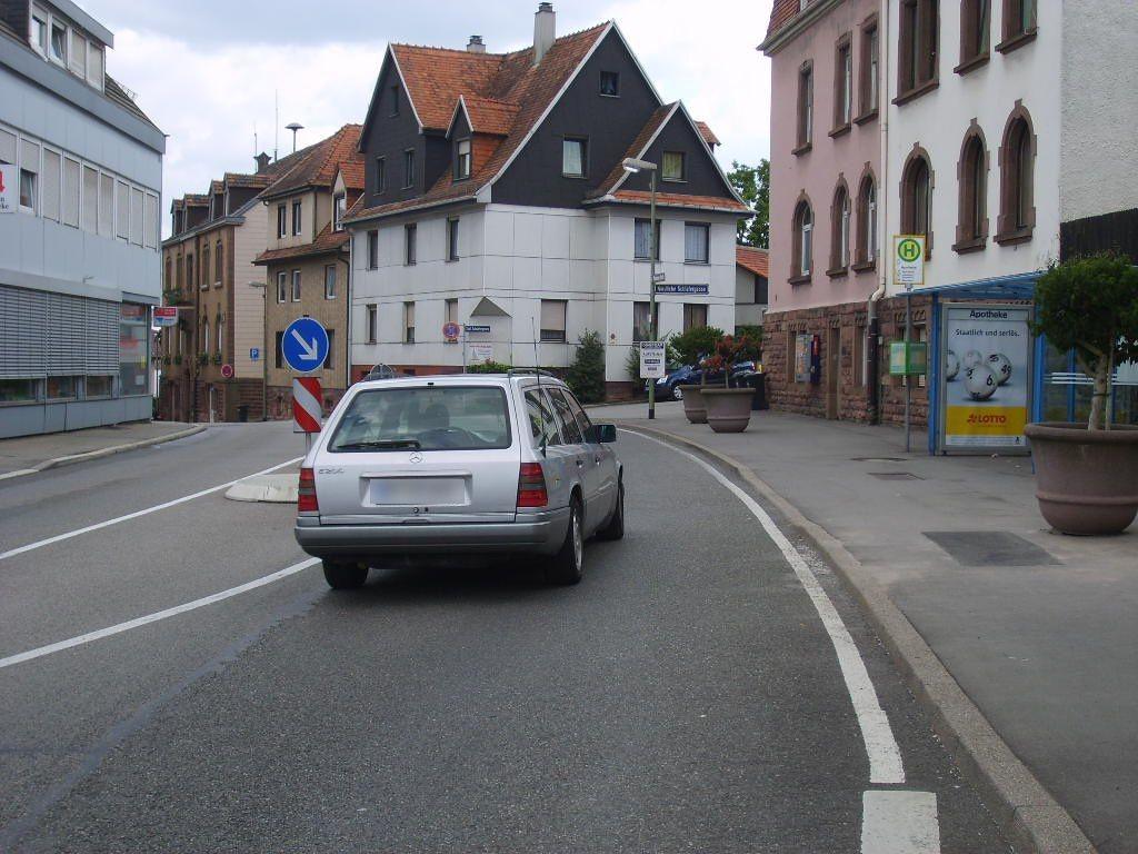 Pforzheimer Str. 13B/HST Apotheke-Büchen /We.re.