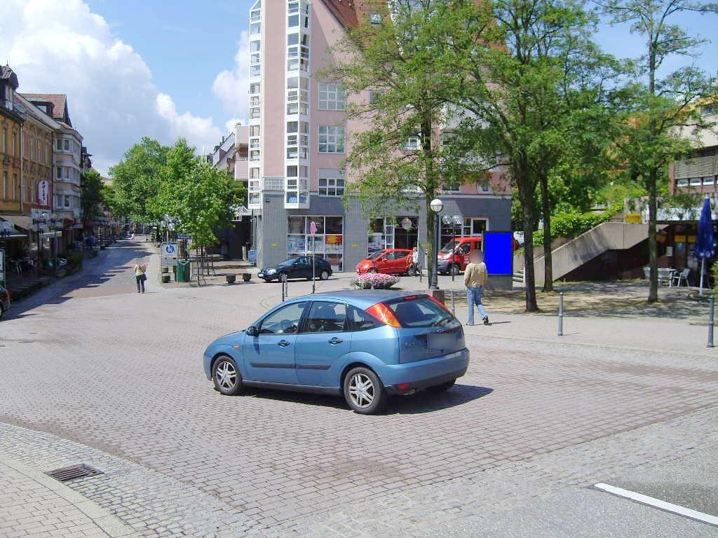 Westl. Karl-Friedrich-Str. 330c/Eing.Fussg./We.re.