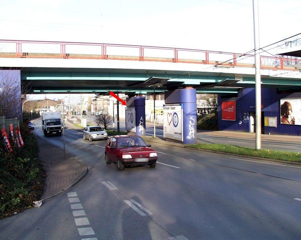 Wanheimer Str./S-Bf Hochfeld/Mittelpfeiler li.